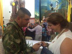 Con el comandante del Batallón Cacique Nutibara