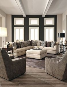 Large Scale Huntington House Sectional