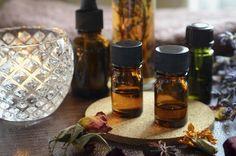 L'aromathérapie permet de traverser l'hiver convenablement, d'être en forme et de se protéger de certains maux grâce aux huiles essentielles appropriées. Passage en revue des indispensables.
