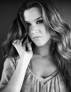 Joss Stone...if I could sing like anyone, it would be her.