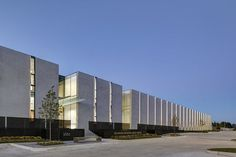 Image 15 of 23 from gallery of Des Moines Municipal Services Center / Neumann Monson Architects. Photograph by Integrated Studio Concrete Facade, Concrete Architecture, Minimal Architecture, Industrial Architecture, Architecture Details, Interior Architecture, Building Facade, Building Design, Parque Industrial