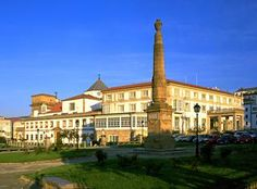 Parador de Ferrol is a manor house hotel with view of the port and Ria of Ferrol. Manor House Hotel, Book Cheap Hotels, Last Minute Hotel Deals, Top Hotels, Great Night, Spain Travel, Front Desk, Hotel Offers, Great Rooms