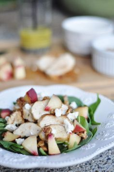 This is the most delicious salad! Great for dinner or lunch! White Peach, Chicken, Walnut  Goat Cheese Salad #babygizmo AD NewComfortFood
