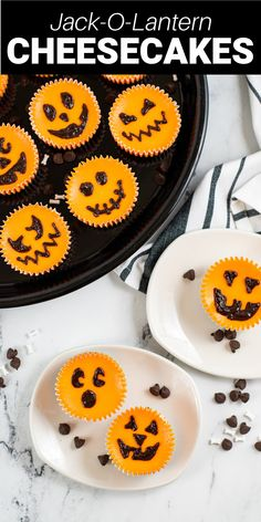Mini Jack-o-lantern cheesecakes are such a fun and sweet treat for Halloween. With a graham cracker crust and a creamy center, there is no way that you're going to be able to stop at just one! How To Make Cheesecake, Easy Cheesecake Recipes, Pumpkin Cheesecake, Pie Recipes, Easy Recipes, Dessert Recipes, Easy Meals, Halloween Desserts, Halloween Food For Party