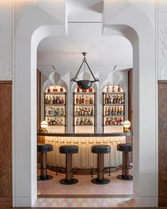 The Berkeley Bar and Terrace is the first hospitality project by Bryan O'Sullivan Studio to be completed in London. Conceived as a calling card for … Architecture Restaurant, Interior Architecture, Interior Design, Cafe Design, Design Design, Bar Interior, Classic Interior, Timber Walls, Wood Panel Walls