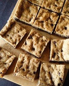 Brown butter chocolate chip blondies!! #blondies #chocolatechip  #brownbutter