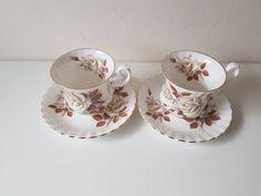 Vintage: Richmond bone China - Coffee tea cups and platters 2 / gold edge/ beautiful roses motif/ brocant/ porcelain/ England Beautiful Roses, Bone China, Cup And Saucer, Vintage Items, Tea Cups, Coffee, Etsy, Kaffee, Teacup