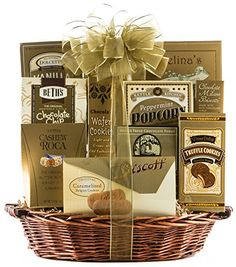 100 Fall Festval Raffle Basket Ideas - Auction Basket Ideas For Everone! You will for sure find something great for this years Halloween and Fall raffles! Coffee Gift Baskets, Best Gift Baskets, Food Gift Baskets, Christmas Gift Baskets, Raffle Baskets, Christmas Cookies, Christmas Decorations, Gourmet Food Gifts, Gourmet Food Store