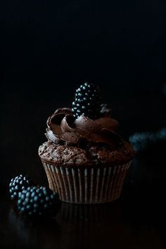 Blackberry Chocolate Cupcakes Recipe