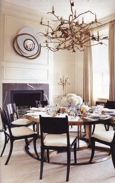 Francois Catroux dining room