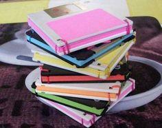 Porta post-it con i vecchi floppy disk  #faidate #diy #fattoamano #regali #regalo #natale #floppy