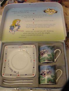 NEW IN BOX Alice in Wonderland Paul Cardew Tea Cup set 2 TEACUPS SAUCERS  SPOONS