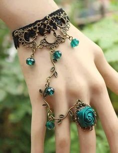 I once made my own slave bracelet but it wasn't this pretty. Fashion bracelet ring jewelry vintage Bronze jewelry women's summer fashion jewelry flower bracelet ring chain jewelry for ladies - stunning color! Cute Jewelry, Vintage Jewelry, Jewelry Accessories, Fashion Accessories, Jewelry Design, Unique Jewelry, Jewlery, Chain Jewelry, Vintage Bracelet