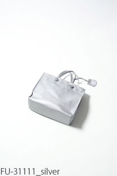 【レザーハンドバッグ】クラック・ミニショッパー