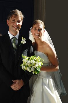 This lovely couple had a ball selecting their wedding flowers. Contact floralology@yahoo.com.au.