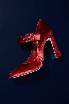 Red velvet is synonymous with Christmas while the Mary Jane shape is a style classic which makes Sebastian's heels a savvy addition to your shoe collection. Team with a cropped or micro hem to fully show off their splendour this party season.