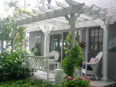 Craftsman Pergola. Close to a workable design we could use for our patio.