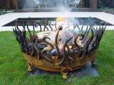 Vasque rouillé sculptural en fer forgé