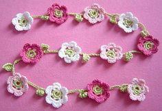 flower garland - free on Ravelry!