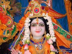 http://harekrishnawallpapers.com/sri-radha-close-up-iskcon-philadelphia-wallpaper-001/