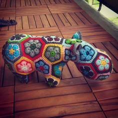 Homemade Crochet African Flower Hippo Free Knitting Pattern - Crochet Craft, Crochet Animal, Crochet Hippopotamus