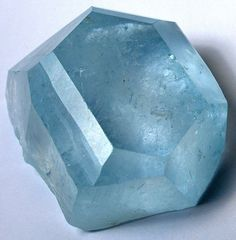 Blue Topaz crystal from San Diego County, California, USA, USA. Photo by Rob Lavinsky Minerals And Gemstones, Rocks And Minerals, Cool Rocks, Beautiful Rocks, Gemstone List, Rock Collection, Mineral Stone, Rocks And Gems, Stones And Crystals
