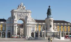 Atracções turísticas e Notificações em Portugal . A Praça do Comércio , Terreiro do Paço