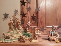 While shepherds watched their flocks by night. Fontanini Nativity, Flocking, Chandelier, Ceiling Lights, Night, Christmas, Home Decor, Yule, Homemade Home Decor