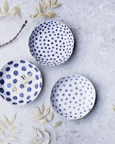 """Mel Eliades - Clay Beehive on Instagram: """"Large pretty bowls with sweet scallop rims, decorated with hand painted Navy Blue Spots and textured fabric exterior 💙 . . I've added these…"""""""