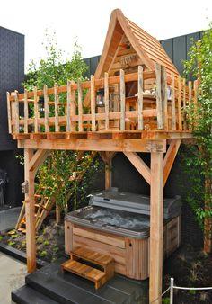 Boomhut van Boomhut.nl bij Inspiration Centre Smits met een wegwind kun je nog langer buiten zitten
