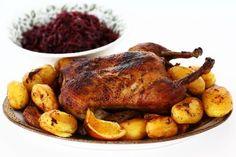 Rață la cuptor cu cartofi și varză roșie călită, rețetă video Turkey, Cooking Recipes, Meat, Desserts, Carne, Food, Youtube, Holidays, Fine Dining