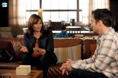 "#NewGirl 4x19 ""The Right Thing"" - Schmidt's mother Louise (guest star, Nora Dunn) has advice for Nick."