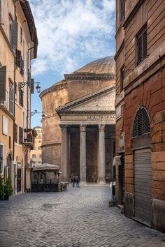 Best Things to Do in Rome in May - Hervé Mouyal Photography Rome Photography, Photography Aesthetic, Travel Photography, Beautiful Buildings, Beautiful Places, Places To Travel, Places To See, Italy Street, Unique Hotels