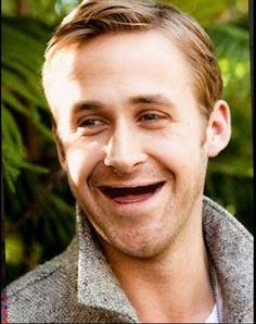 Celebs without teeth / Stars sans dents : Ryan Gosling