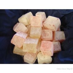 Rose and Lemon Turkish Delight - Fudge, Turkish Delight & Nougat - Luxury Sweets - Buy Sweets Candy Recipes, Sweet Recipes, Turkish Sweets, Crunch Cake, Retro Sweets, Chocolate Sweets, Confectionery, Fudge
