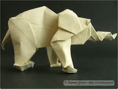 origami images - Bing Images Origami Grandmaster Akira Yoshizawa, created more than 50,000 origami models in his lifetime (the elephant above is one, folded from a single square).