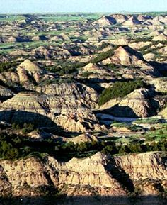 Theodore Rosevelt National Park, - known as the badlands aka a little slice of heaven- Medora ND