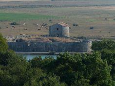 Butrint- Triangular Fortress (Venetian) by Peter Ashton aka peamasher, via Flickr