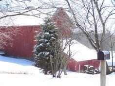 Illinois barn in winter