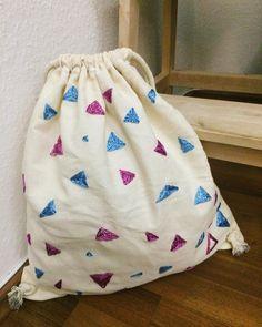 🎒🦄 . . . . . . #kissedstitch #turmix_knits #backpack #gymbag #drawstringbag #bag #homemadebag #embroidery #handembroidery #modernembroidery… Kisses, Hand Embroidery, Gym Bag, Bags, Instagram, Handbags, Duffle Bags, A Kiss, Totes