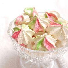 Must make meringues just cuz I can