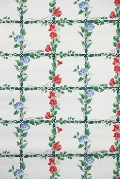 Morning glories vintage wallpaper, so pretty! An authentic 1940s kitchen wallpaper