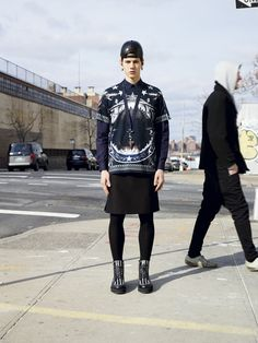Words can not express how much I live for this look. Givenchy Pre-Fall 2012