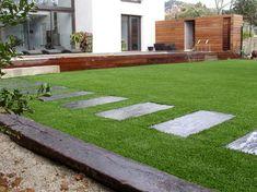 Jardin contemporain - gazon synthétique!