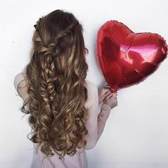VOLUMEN XXL en tu Pelo. Cómo?? Más info en la Bio de www.naishair.com  #jamaslastoconadie #meduranmuuuchomas #quierolasmejores #mesientocomoda #nadielasvepuestas #lasreutilizosiquiero #sonunclasico #aguantanconfuerza #melaspongoamimanera #nomecomplico #looktemporal #quitaypon ##extensiones #extensionesdecabello #porqueyolovalgo #naishair #hairextensions #wefthairextensions #tapehairextensions #extensionesdecabellonatural