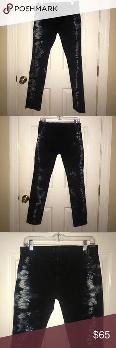 J Brand tie-dye mid rise skinny jeans size 28 J Brand black, blue & white tie-dye mid rise skinny jeans size 28...style #910K 120 J Brand Jeans Skinny