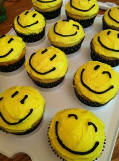 Smiley Faces were EVERYWHERE! Bake some fun today!