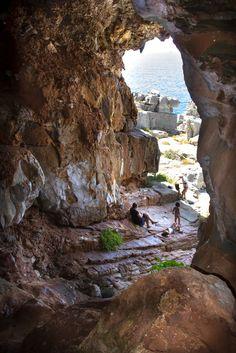 """Όλα μέλι λάδι στη Μάνη: Επίσκεψη στο σπήλαιο Καταφύγγι και η ....ανακάλυψη του """"θησαυρού"""""""