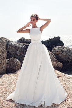 Свадебное платье «Бретта» Ариамо Брайдал— купить в Москве платье Бора из коллекции 2016 года