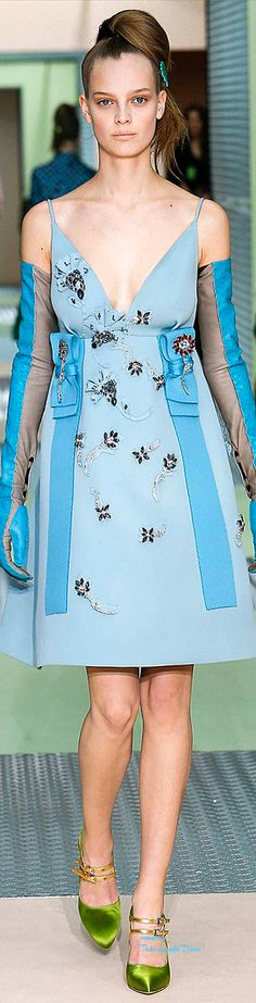#MFW Prada Fall 2015 RTW  ♔THD♔ More of this collection on my Milan Fall 2015 Board.